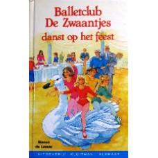 Balletclub De Zwaantjes danst op het feest